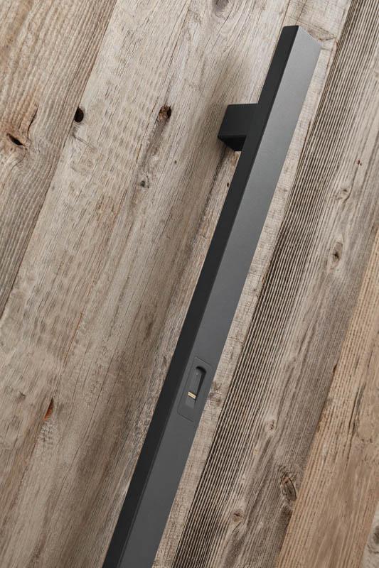 Stoßgriff Grau beschichtet, Länge 1.400 mm
